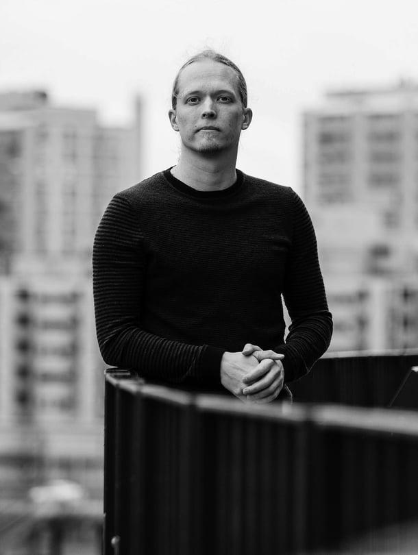 """Markus Jokelan mukaan älyllä on paljon suurempi merkitys kuin kirjanoppineisuudella. Kuva: <span class=""""photographer"""">Rio Gandara</span>"""