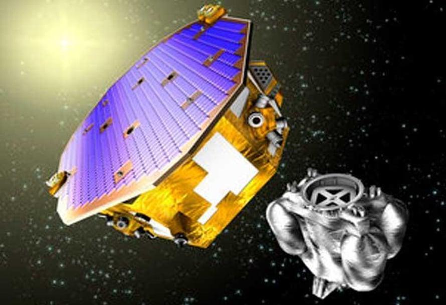 """Lisa Pathfinder -satelliitti selvittää menetelmää mitata tarkasti painovoima-aaltoja. Kuvassa oikealla mittalaite, joka on satelliitin kuoren alla. Kuva: <span class=""""photographer"""">Esa</span>"""
