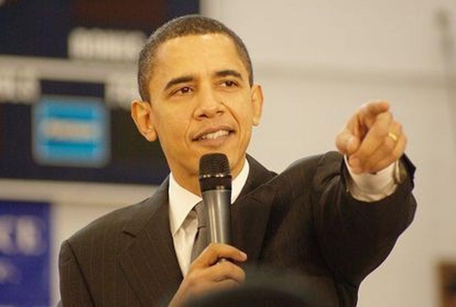 """Tutkimuksessa testattiin muun muassa suhtautumista Barack Obaman ihon sävyyn. Kuva: <span class=""""photographer""""><a href= http://commons.wikimedia.org/wiki/File:Sen._Barack_Obama_smiles.jpg> Wikimedia Commons</a></span>"""