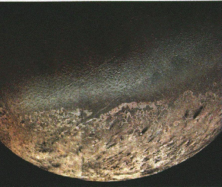 "Triton. Kuva: <span class=""photographer"">NASA/JPL-Caltech</span>"