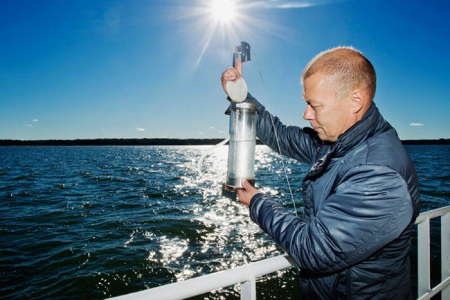 Olli-Pekka Mäki ei näe näytteessä vielä mitään.