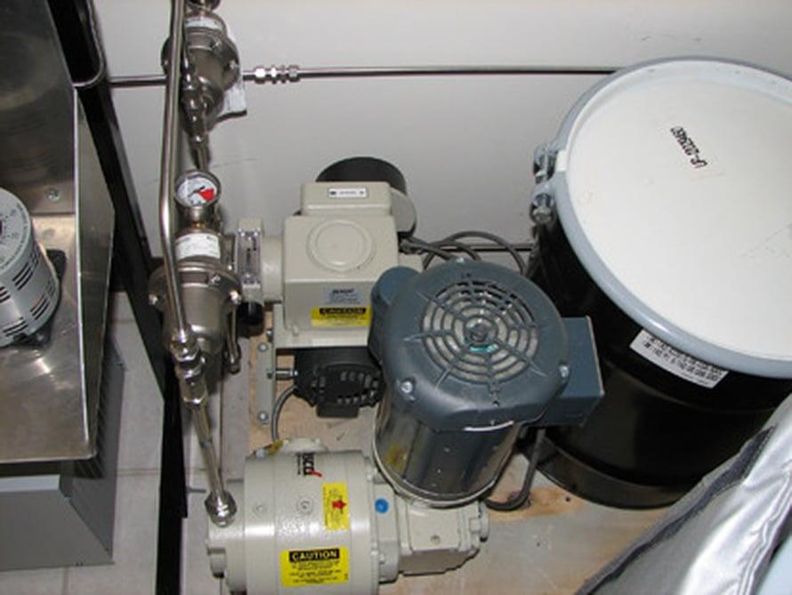 """Laitteisto tekee levistä biodieseliä. Kuva: <span class=""""photographer"""">United Environment & Energy LLC</span>"""