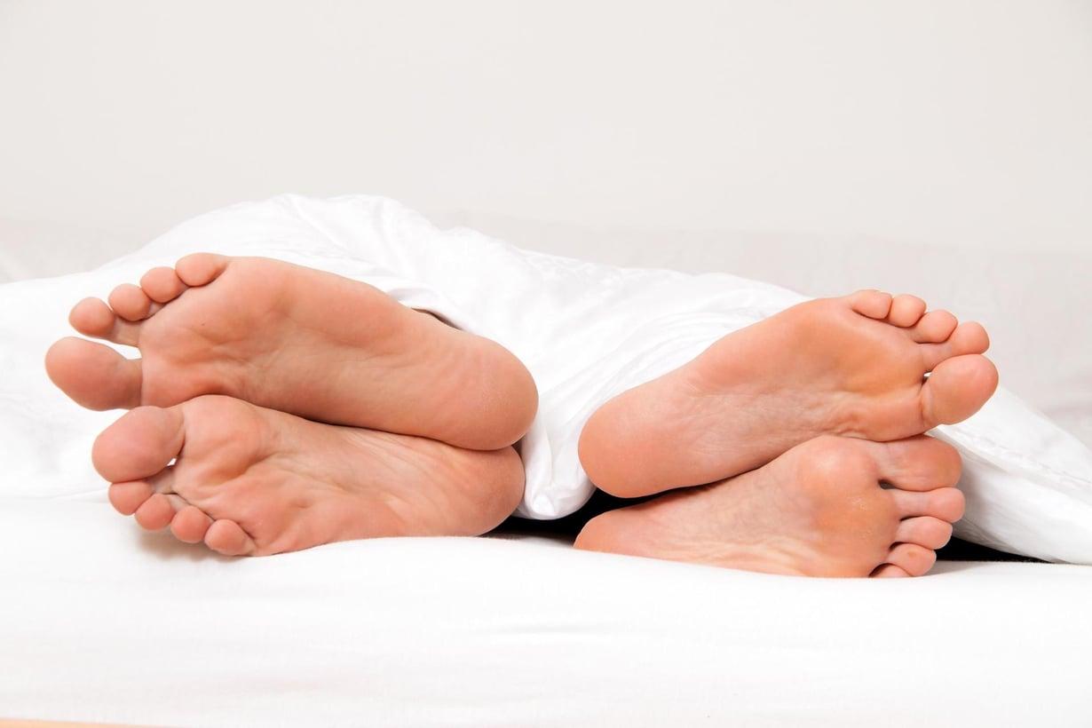 Ongelmat sängyssä säteilevät koko suhteeseen. Kuva: Shutterstock