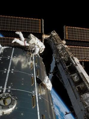 """Euroopan avaruusjärjestön laboratorioyksikkö pääsi kiertoradalle Atlantis-avaruussukkulan kyydissä vuonna 2008. Kuva: <span class=""""photographer"""">Nasa</span>"""