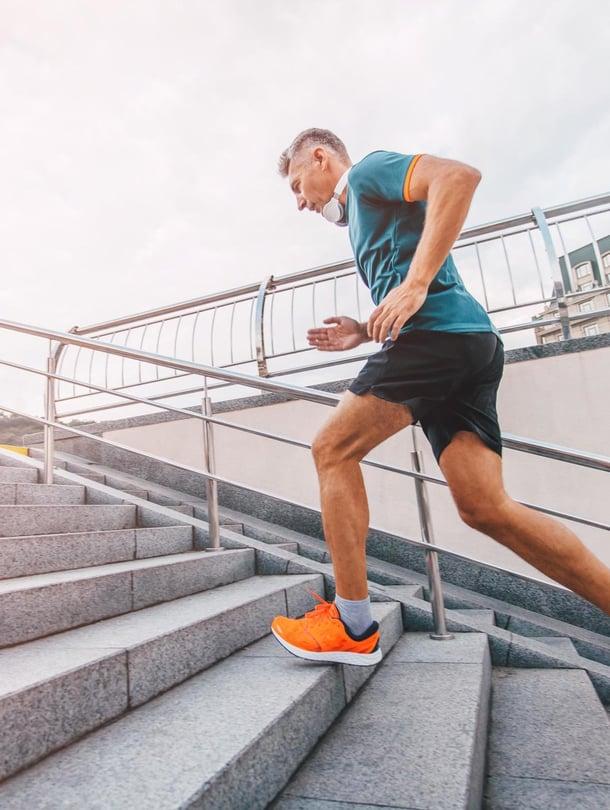 """Ihminen vanhenee vääjäämättä, mutta liikunnalla sitä voi hidastaa. Kuva: <span class=""""photographer"""">Shutterstock</span>"""
