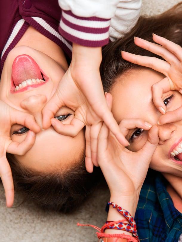 """Ystävyys muistuttaa erehdyttävästi kaveruutta mutta on sitä paljon näkymättömämpää. Kuva: <span class=""""photographer"""">Shutterstock</span>"""