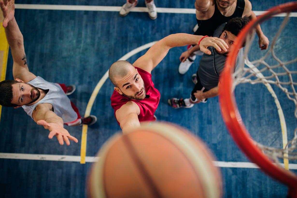 Taistelu pysyköön pelikentällä. Kuva: Getty Images