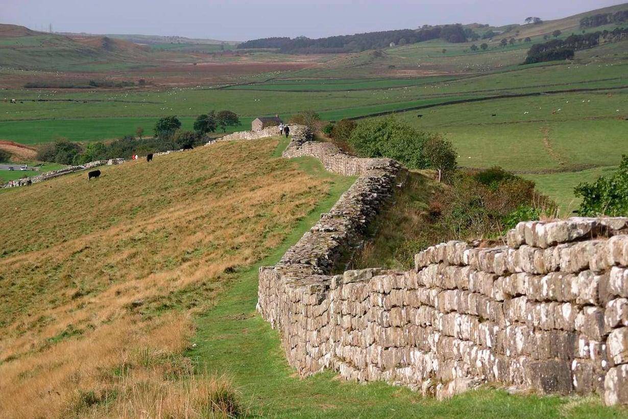 Rooman keisari Hadrianus aitasi Skotlannin.