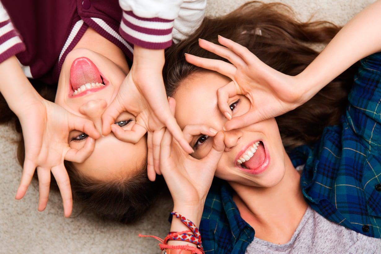Ystävyys muistuttaa erehdyttävästi kaveruutta mutta on sitä paljon näkymättömämpää. Kuva: Shutterstock