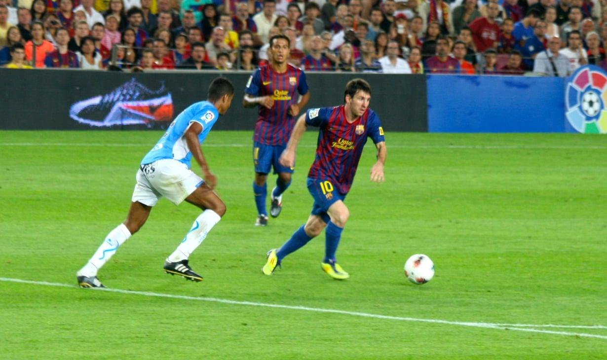 Lionel Messillä leikkaa nopeasti.