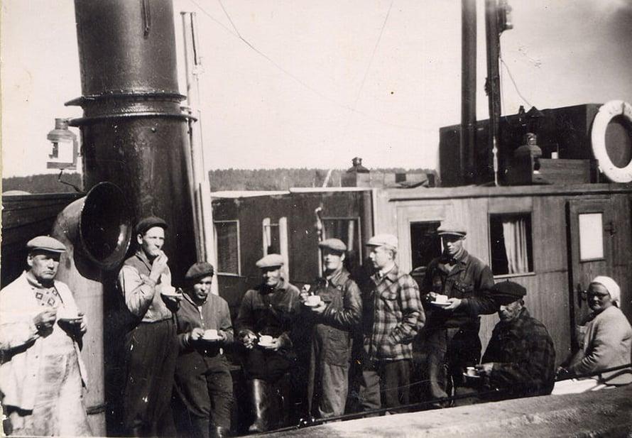 Kahvitauko Kajaani II:lla 1953.
