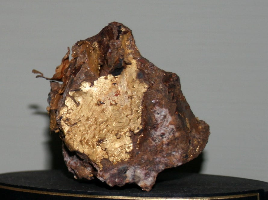 Kulta saattoi tulla meteoriittien mukana.