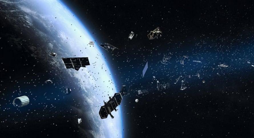 """Valtavalla nopeudella kiitävä pienikin romun sirpale voi saada pahaa tuhoa aikaan avaruuslaitteissa. Kuva: <span class=""""photographer"""">Nasa</span>"""