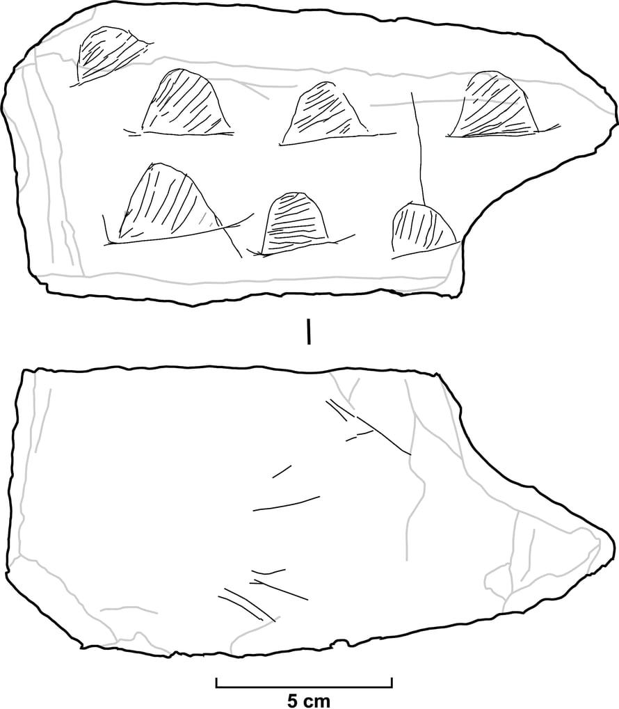 Piirrosjäljitelmä laattaan tehdyistä kaiverruksista. Kuva: Plos One