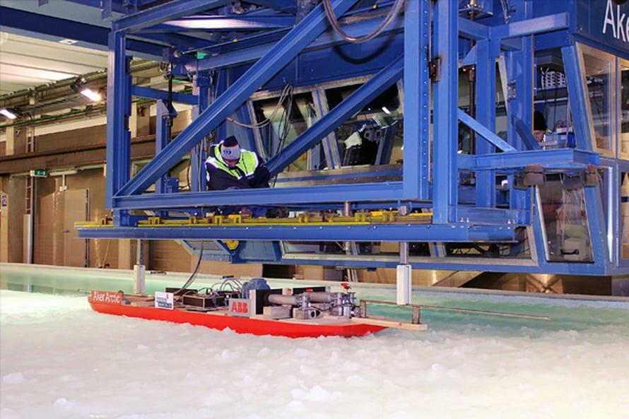 """Murtajia on suunniteltu pienoismallikokein vuodesta 1969. Aker Arcticin nykyinen jäälaboratorio on alan huippua. Kuva: <span class=""""photographer"""">Aker Arctic Technology</span>"""