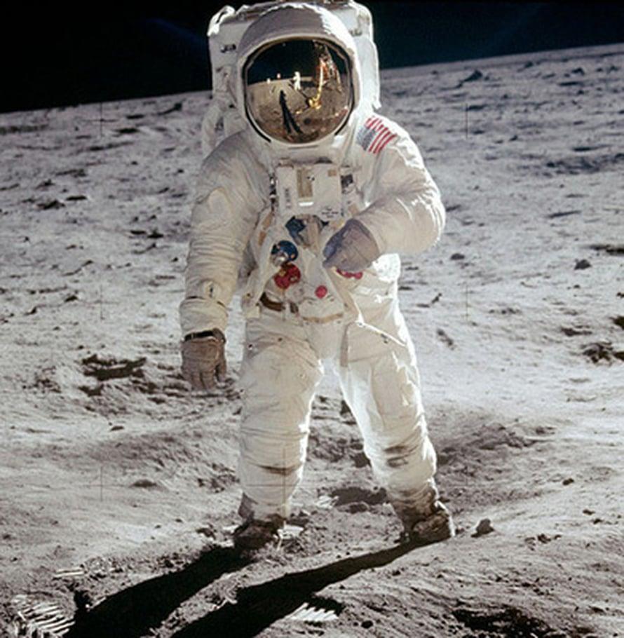 "Kuva: <span class=""photographer"">NASA</span>"