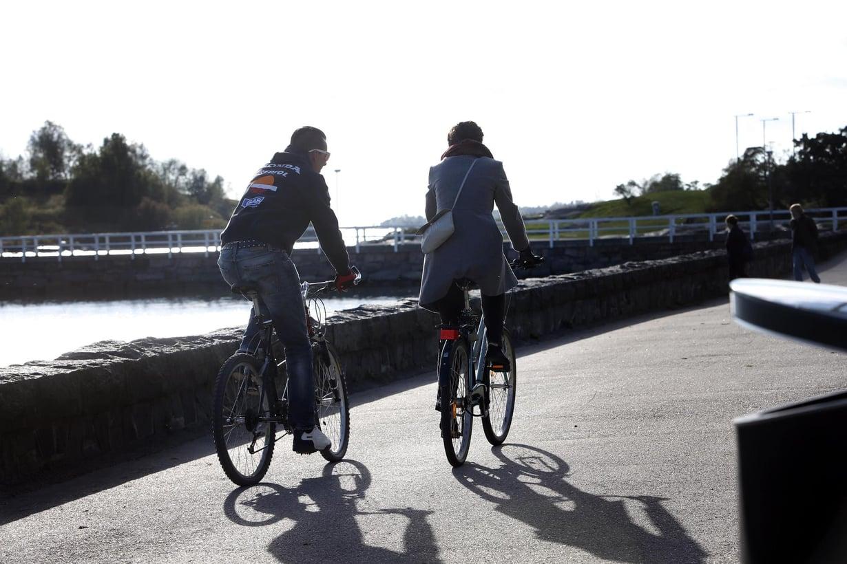 Viime vuonna syyskuun lopussa oli Helsingissä lämmin pyöräilyilma. Kuva: Seppo Solmela