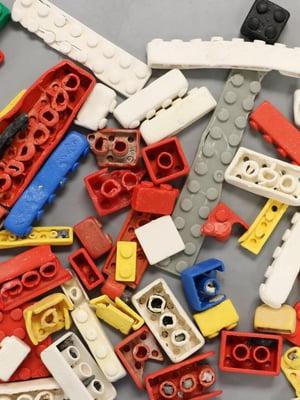 """Legopalikat hajoavat suolaisessa vedessäkin hyvin hitaasti. Kuva: <span class=""""photographer"""">Alan Williams/University of Plymouth</span>"""