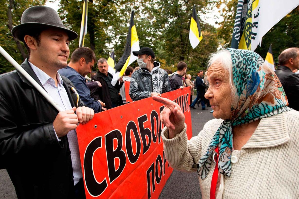 Neuvostoliiton hajottua Venäjä tavoitteli demokratiaa, mutta sekavissa oloissa kansanvalta ei päässyt lujittumaan. Kuva: Shutterstock