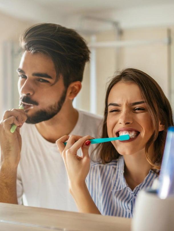 """Hampaita kannattaa hoitaa myös sydämen vuoksi. Kuva: <span class=""""photographer"""">Shutterstock</span>"""