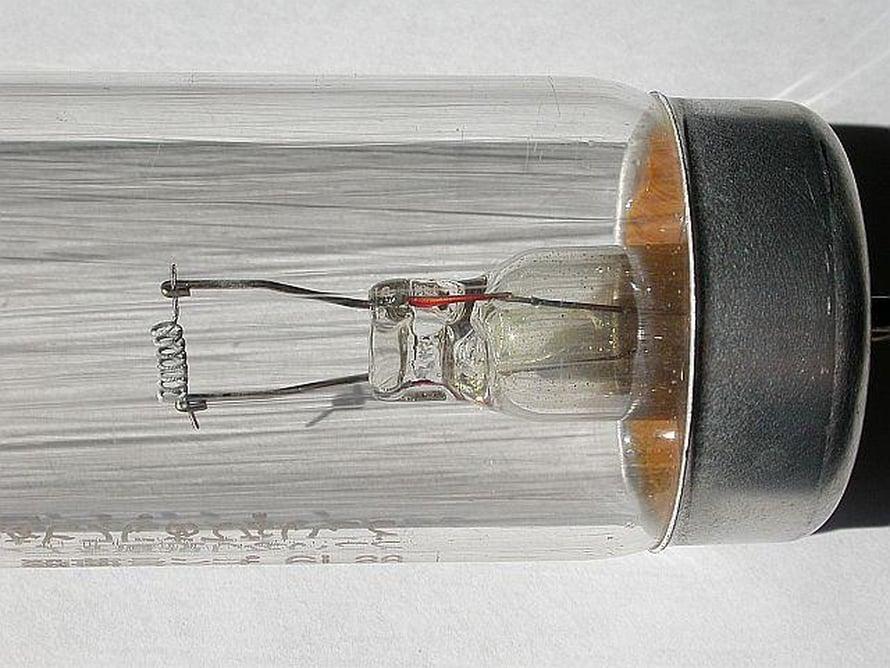 """UV-lamppuja käytetään jos Venäjällä metrovaunujen desinfiointiin. Kuva: <span class=""""photographer"""">Wikimedia Commons</span>"""