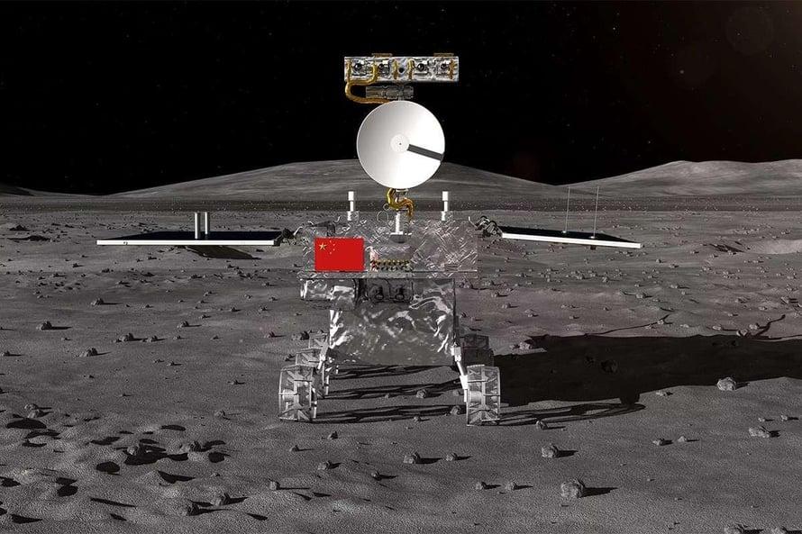 """Chang'e 4:n mönkijä kartoittaa Kuun sitä puolta, jota ei tunneta vielä hyvin. Kuva: <span class=""""photographer"""">Kiinan avaruushallinto</span>"""