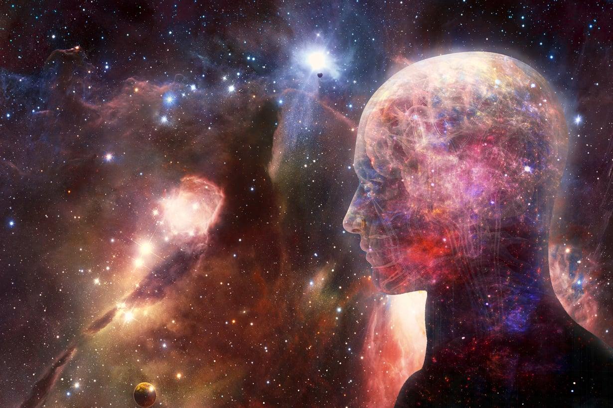 Tähtitehtaita on erilaisia. Useimmat aineksistamme ovat syntyneet tähtien räjähdyksissä. Kuva: Shutterstock