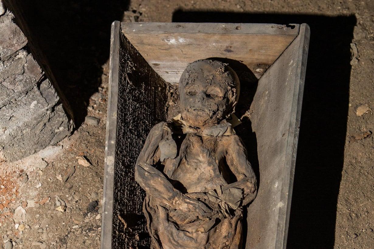 Vilnasta kirkon alta löytynyt vainaja oli kuollessaan 2–4-vuotias.