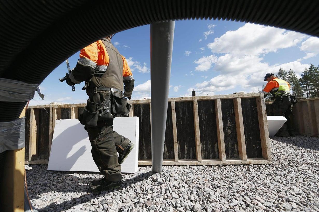 Maahanmuuttajia työskentelee paljon rakennustyömailla. Kuva: Pekka Fali