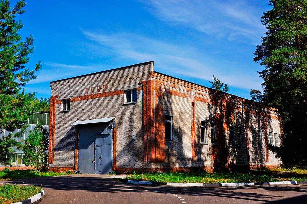 Valtaosa rakennuksista on 1980-luvulta, jolloin Dubna laajeni vauhdilla. Kuva: Jari Mäkinen