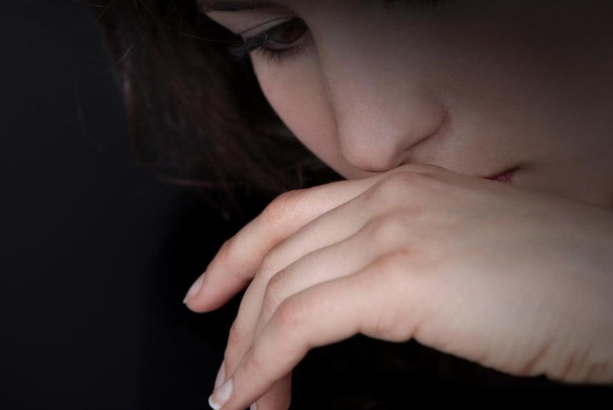 """Ajoittainen ahdistus on normaalia, mutta häiriöksi se yltyy, kun ahdistus pitkittyy, muuttuu suhteettoman suureksi ja alkaa häiritä elämää. Kuva: <span class=""""photographer"""">Colorbox</span>"""