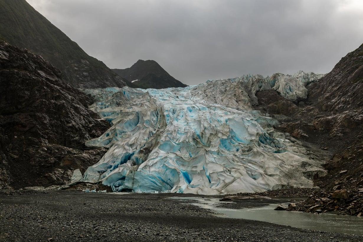 Alaskassa jäätikköä on hävinnyt vauhdikkaimmin. Kuvassa on Davidsonin jäätikön reuna. Kuva: Diego Delso, delso.photo, License CC-BY-SA