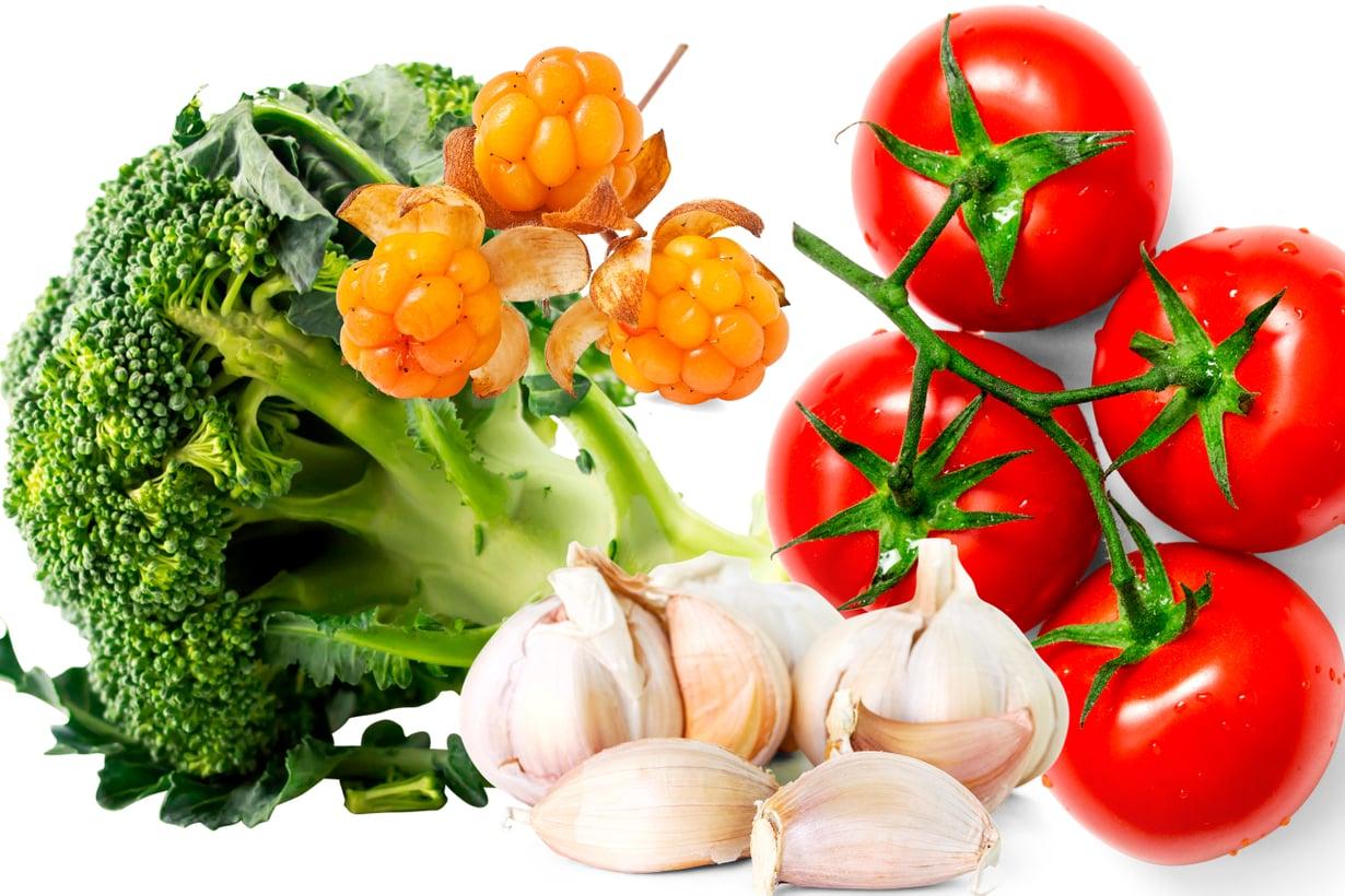 Ruoassa hyvät aineet ovat tasapainoisena sekoituksena. Parhaan hyödyn saa, kun syö marjat, hedelmät ja vihannekset sellaisenaan. Kuva: Shutterstock