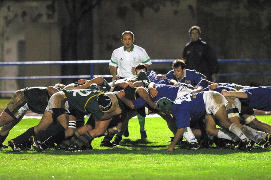 Raavaat rugbymiehetkin sairastelevat, kun ovat kaukana kotoa.