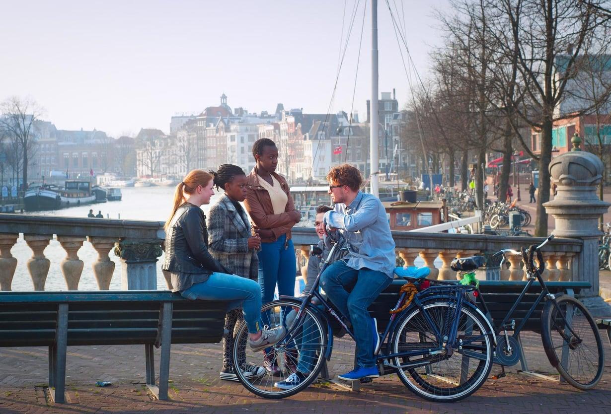 Alankomaiden nuoret ovat maailman pisimpiä. Kuva: Shutterstock