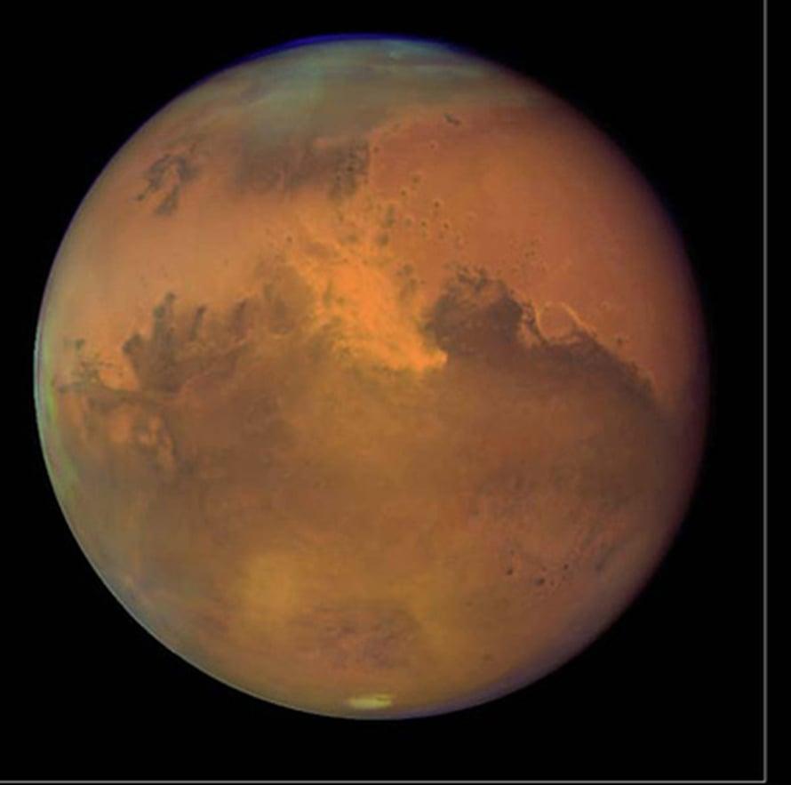 "Mars. Kuva: <span class=""photographer"">NASA/HST</span>"