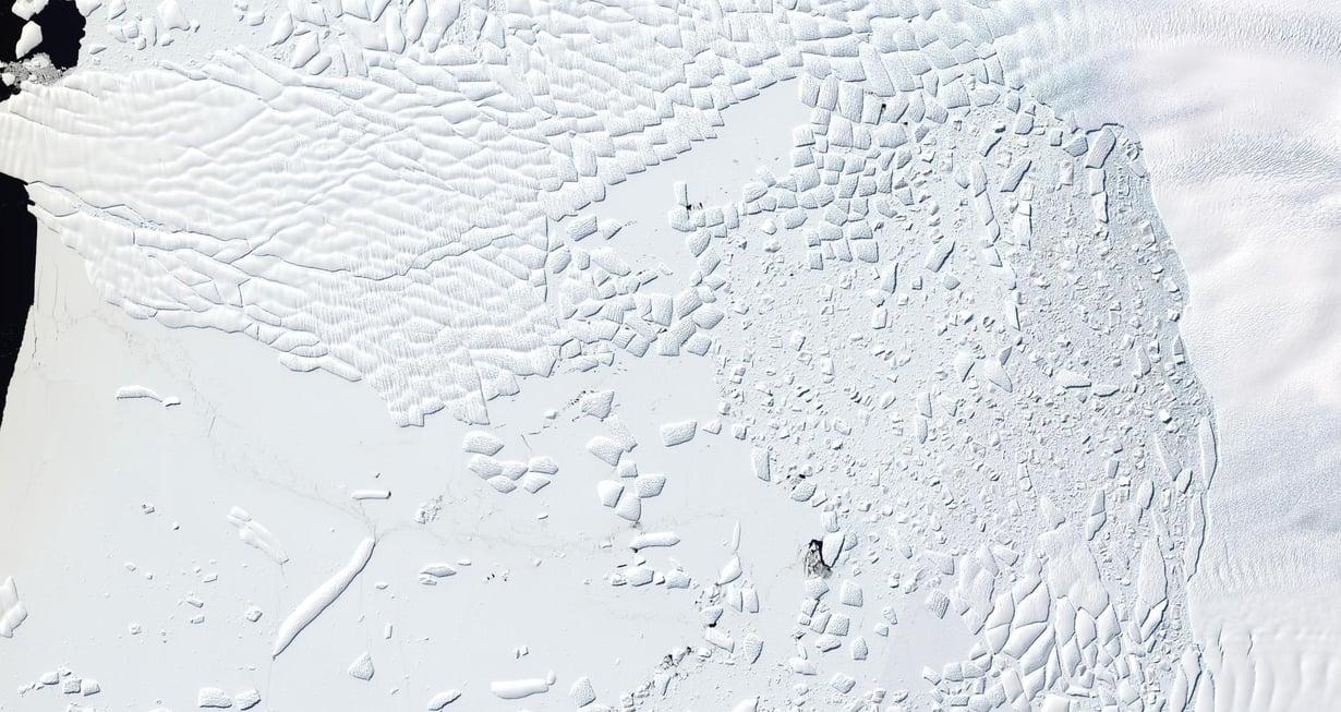 Etelämantereen länsiosissa oleva Thwaites-jäätikön jäähylly näkyy satelliittikuvista rakennetussa kuvassa. Kuva: Knut Christianson