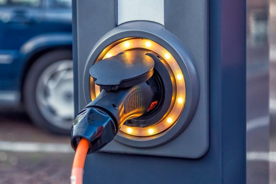 """Sähköautoja nopeammin yleistyvät ladattavat hybridit. Kuva: <span class=""""photographer"""">Getty Images</span>"""