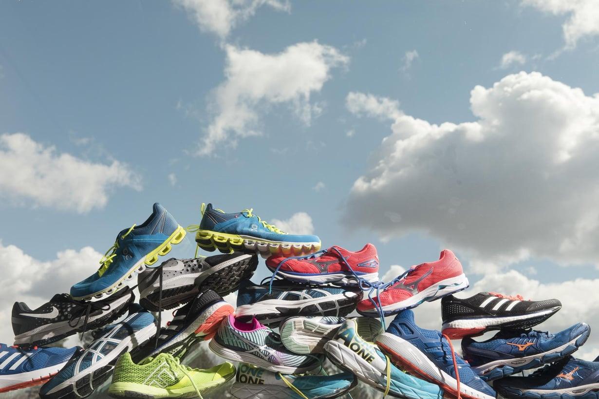 Juoksutossujen trendi on paksuuntuva pohja. Kuva: Rio Gandara / HS