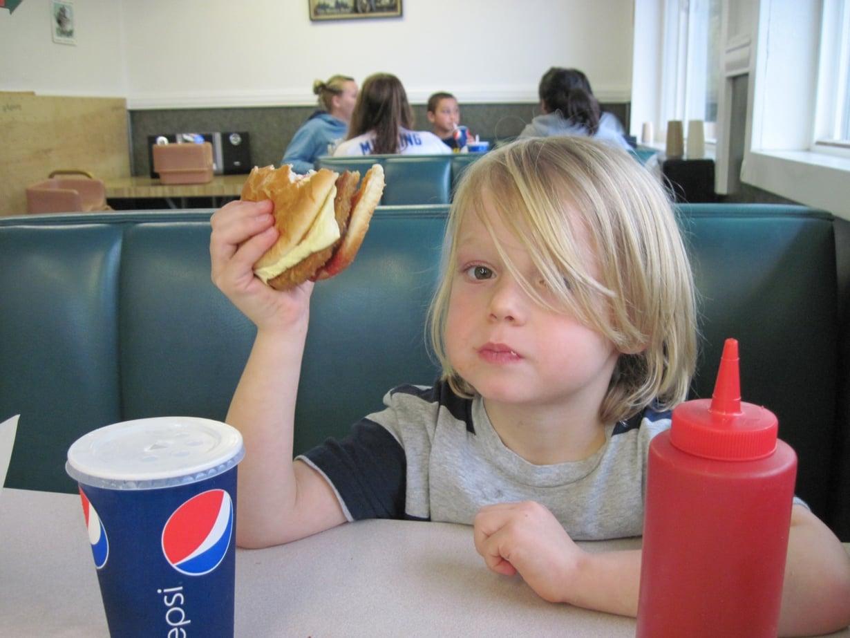 Sopiva ruoka vähentää tarkkaavaisuushäiriön oireita.