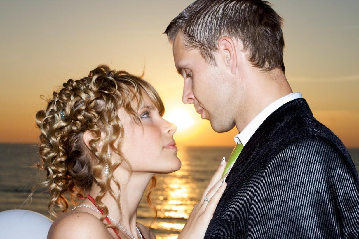Dating mies avoimessa suhteessa