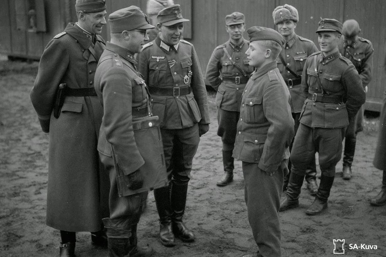 Joulukuussa 1943 Tulliniemeen saapui ensimmäinen erä inkeriläisiä vapaaehtoisia. Kuva: SA-Arkisto