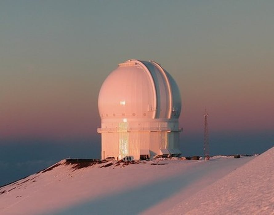 "Kuva: <span class=""photographer"">Canada-France-Hawaii Telescope Corporation 2005.</span>"