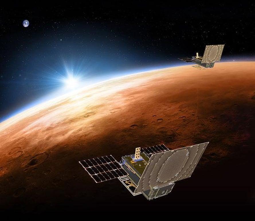 Marco-satelliitit lensivät Insight-luotaimen mukana Marsin liepeille. Kuva: Nasa