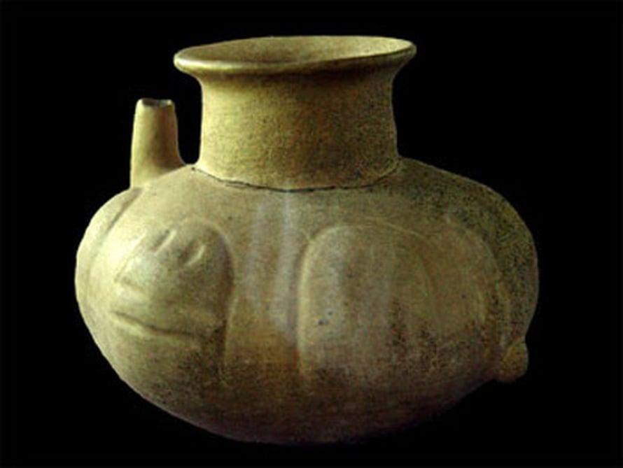 """Hondurasista löytyneiden ruukkujen tyyli viittaa tutkijoiden mukaan siihen, että kaakaota tarjottiin tärkeissä seremonioissa kuten häissä. Kuva: <span class=""""photographer"""">PNAS/National Academy of Sciences.</span>"""