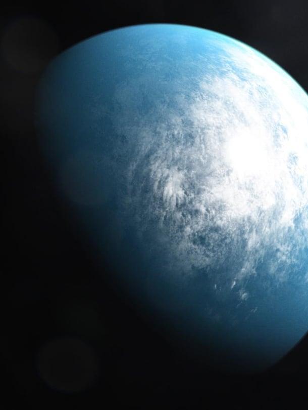 """Sadan valovuoden päässä saattaa olla veden peittämä planeetta. Taiteilijan näkemys eksoplaneetasta, jonka todellinen olemus voi paljastua uusissa tutkimuksissa. Kuva: <span class=""""photographer"""">Nasa</span>"""